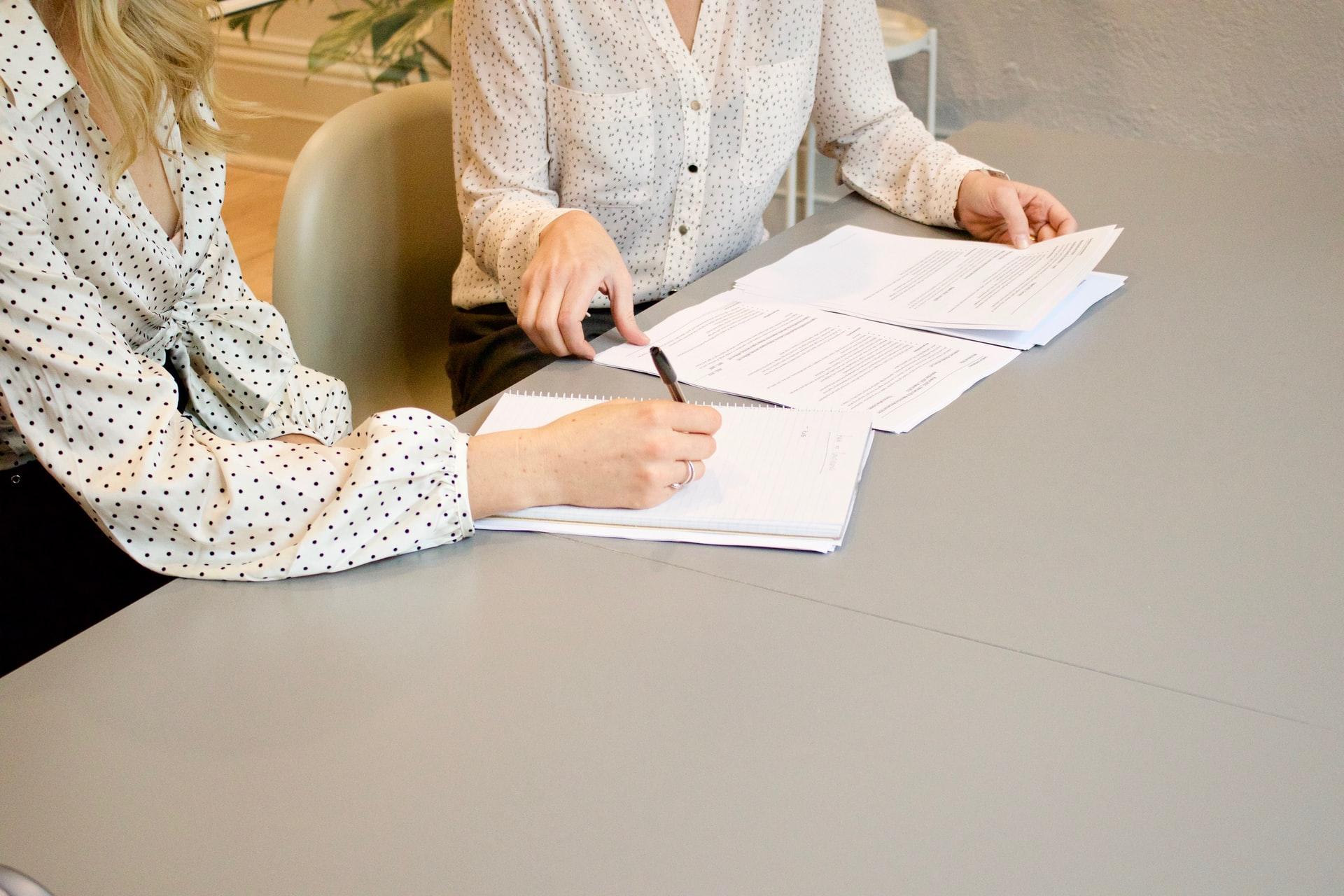 日総工産で期間工の面接を受ける際の服装や持ち物・内容や流れを紹介